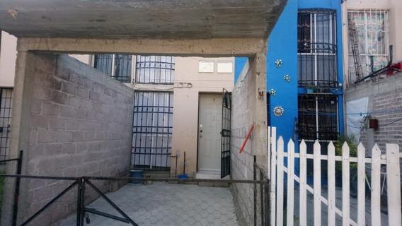 ¡excelente Oportunidad, Casa De Dos Niveles En Chicoloapan, Con Opción A Construir Tercer Nivel