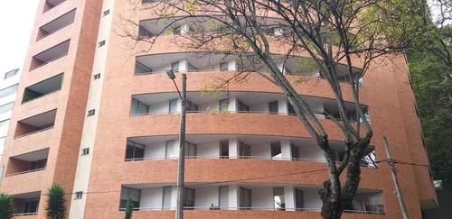 Apartamento De 3 Habitaciones En Rosales