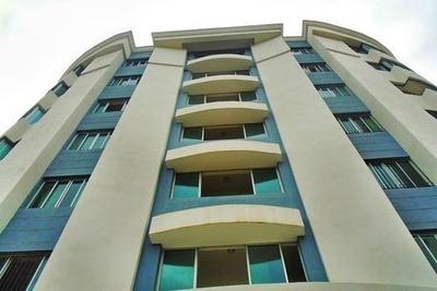 Coalicion Renta Apto Amueblado 250 Mts2 4 Habitaciones 4 Ban