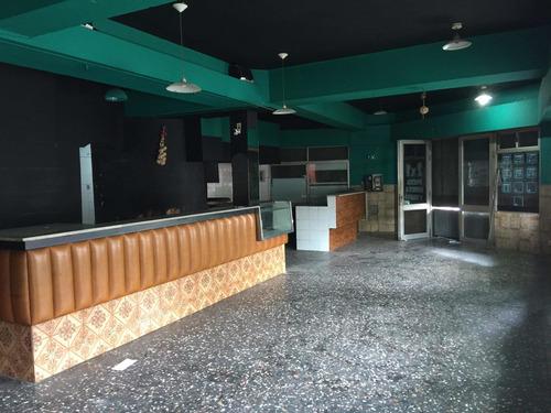 Local Ex. Bar Pizeria Amezaga Esq. Requena