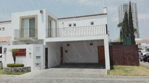 Hermosa Y Ubicadisima Residencia - Valle Real