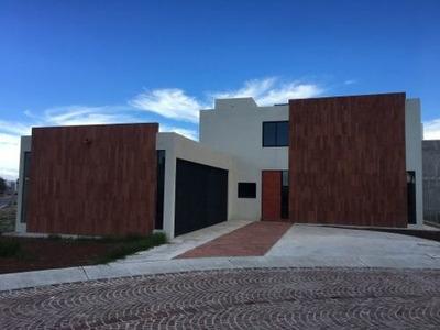 Casa En Venta En Alquerias De Pozos $3,850,000