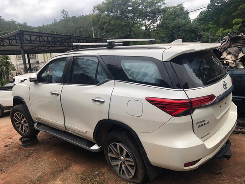 Sucata Toyota Hilux Sw4 Srx 2017 2.8 4x4 **venda Peças**
