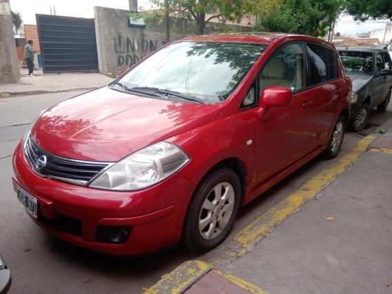Nissan Tiida 1.8 Tekna 5p 2011