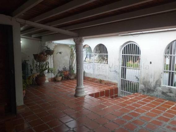 Casa En Venta Valle Hondo Cabudare 21-5109 A&y