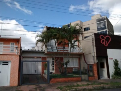Casa Em Centro Com 3 Dormitórios - Vr6021
