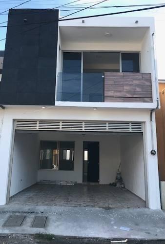 Casa Nueva En Boca Del Rio Cerca De Diaz Miron Plaza Cristal