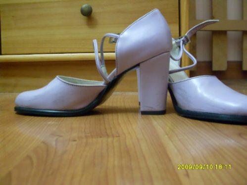 Zapatos De Cuero Color Violeta Nº 36 Excelente Estado