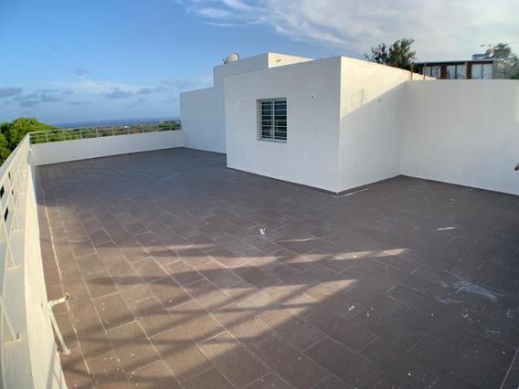 Penthouse En Mirador Sur Con Estudio Y 3 Parqueos