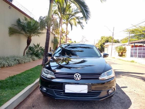 Volkswagen Jetta Comfortline 2.0 Preto 2014