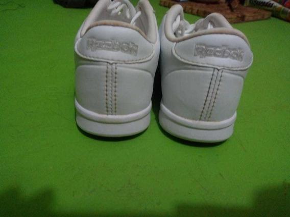Zapatillas Reebok Blancas, Talle 32 Con Poco Uso.