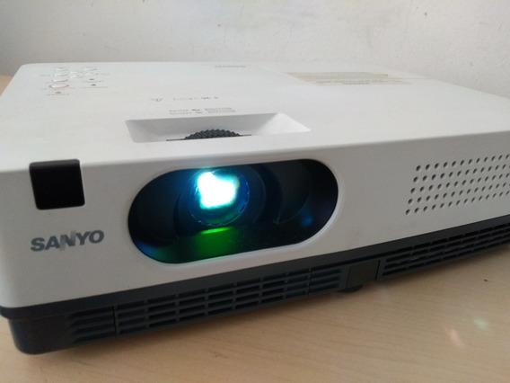 Projetor Sanyo Plc Xd2200 - Conversor Hdmi E Controle