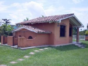 Casa En Venta En Safari Country Club Valencia 20-4199 Valgo