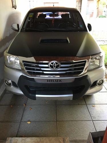 Imagen 1 de 13 de Toyota Hilux 3.0 Cd Srv Cuero 171cv 4x2 2014