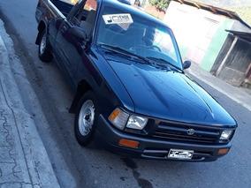 Toyota Hilux Americana3