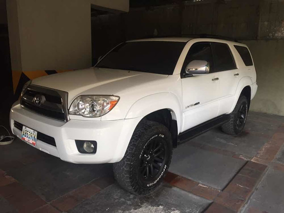 Toyota 4runner 4x2 Impecable 3-1