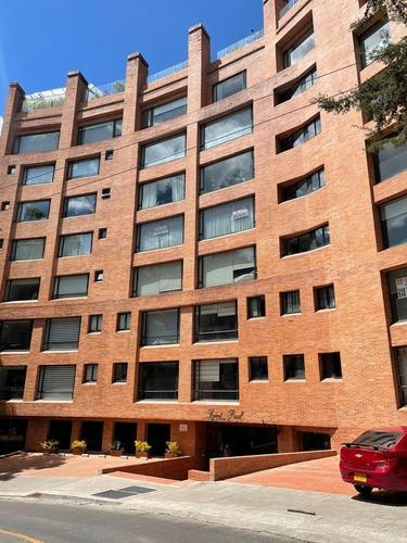Imagen 1 de 14 de Apartamento Amplio Con Vista Totalmente Remodelado