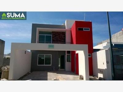 Casa Sola En Venta Esmeralda Norte