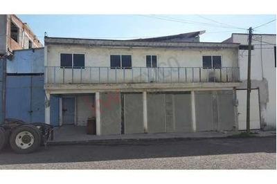 Bodega Industrial Ubicada A Tan Solo 5 Minutos Del Centro De Santa Rosa Jáuregui