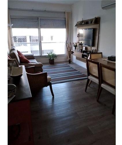 Apartamento Dos Dormitorios Sobre 18 De Julio