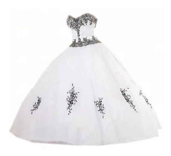 Vestido Debutante Princesa Branco Detalhes Preto Luxo