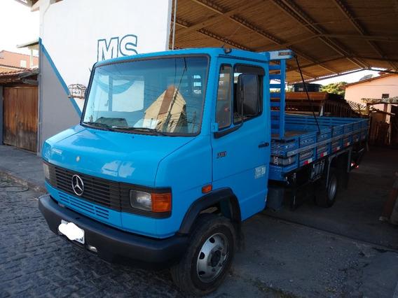 Caminhao Carroceria Mercedes 710 Ano 2000 R$50.000,