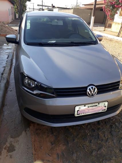 Volkswagen Voyage 1.0 Tec Total Flex 4p 2013