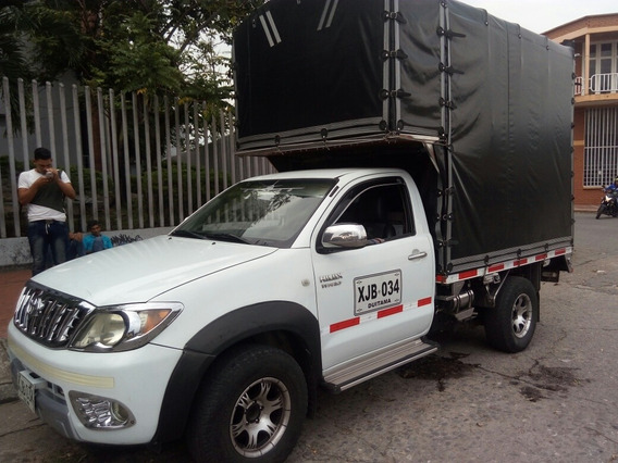 Toyota Hilux Vigo Estacas