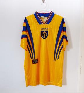 Camisa Suécia 1996-1997 adidas