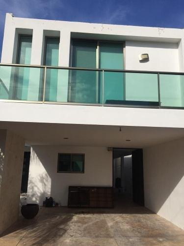 Casa Residencial En Venta En Benito Juárez Norte