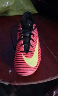 Zapatillas Seminuevas Futbool Nike Nro 38.5