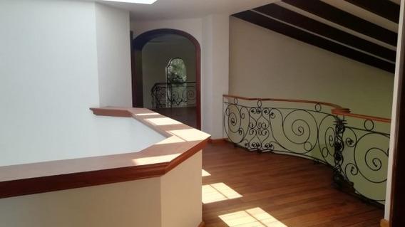 Venta Exclusiva Residencia En Atlas Colomos, Zapopan En Atlas Colomos Cond. Lomas De Las Palmas