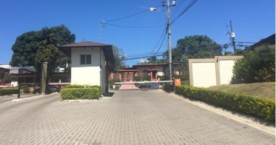 Se Vende Casa Encondominio En La Guácima Excelenteubicación
