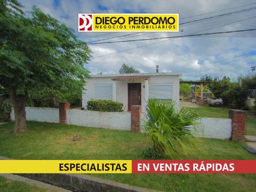 Imagen 1 de 10 de Casa 2 Dormitorios. En Venta, Ciudad Del Plata