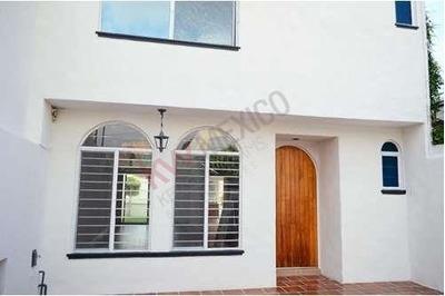 Casa En Renta En Vista Hermosa, A Una Cuadra De Himno Nacional $14,000.00