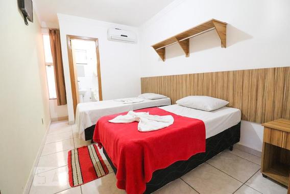 Studio No 1º Andar Com 1 Dormitório E 1 Garagem - Id: 892948463 - 248463