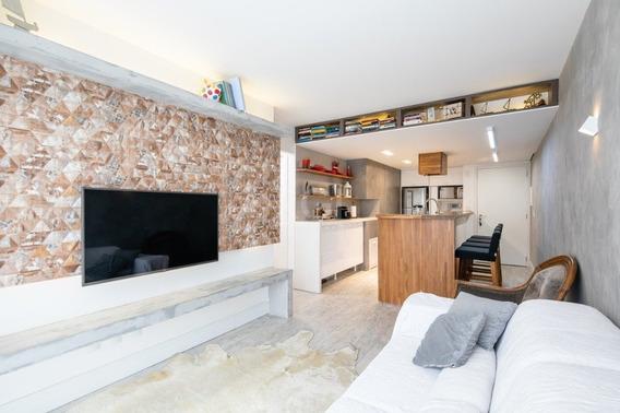Apartamento Em Rio Branco Com 2 Dormitórios - Vp87190