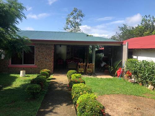 Imagen 1 de 8 de Orotina Casa ¢32 Millones 3 Hab Patio Jardín Terreno 258 M2