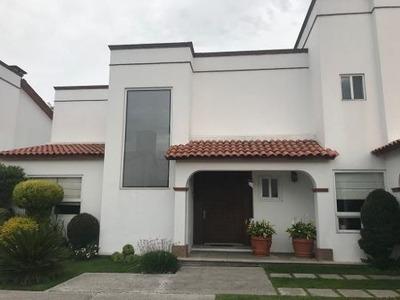 Casa En Venta En Puebla!!