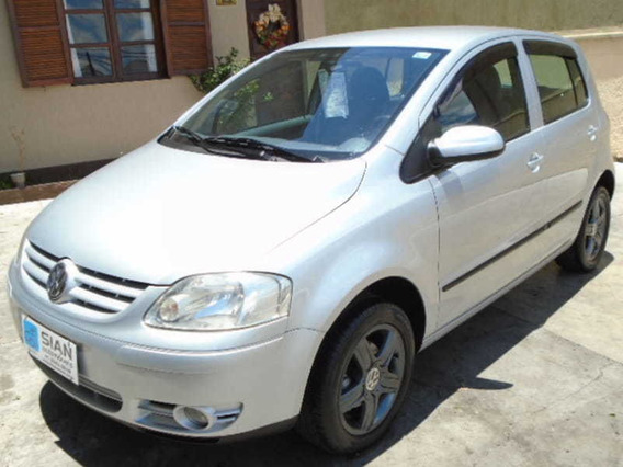 Volkswagen Fox Plus 1.6 Mi Totalflex 4 Portas