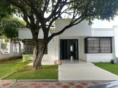 Arrienda Casa En Conjunto Castilla Real