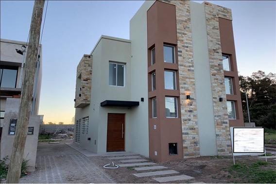Duplex A Estrenar Tipo Casa En Cañuelas