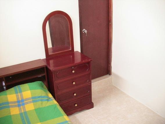 Habitación Mini Suites Condominio Amoblada $140 Mensuales