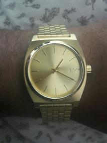 Relógio Nixon Unissex Banho De Ouro