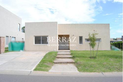 Casa Venta Santa Guadalupe Pilar Del Este - Pilar