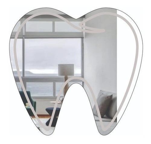 Imagem 1 de 5 de Espelho Decorativo Profissões - Dentista - 60x63 Cm