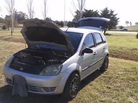 Ford Fiesta Ambiente 1.6 16v 2004