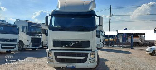 Imagem 1 de 10 de Volvo Fh420 Toco