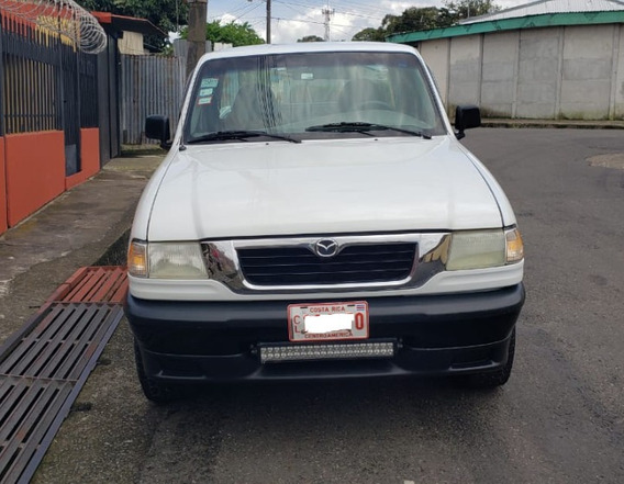 Pick Up Mazada B2500, Año 2000