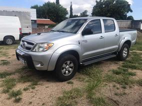 Toyota Hilux 3.0 Srv 2005 - Permuta - Financiación